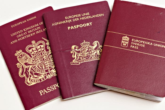 Second citizenship by descent and European passport