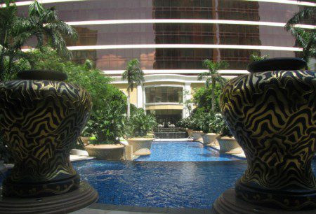 Wynn Macau pool is empty because Chinese tourists gamble, not swim - rather spend fiat currency on casino chips