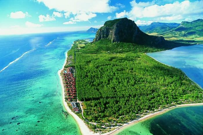 Mauritius as an emerging offshore banking market