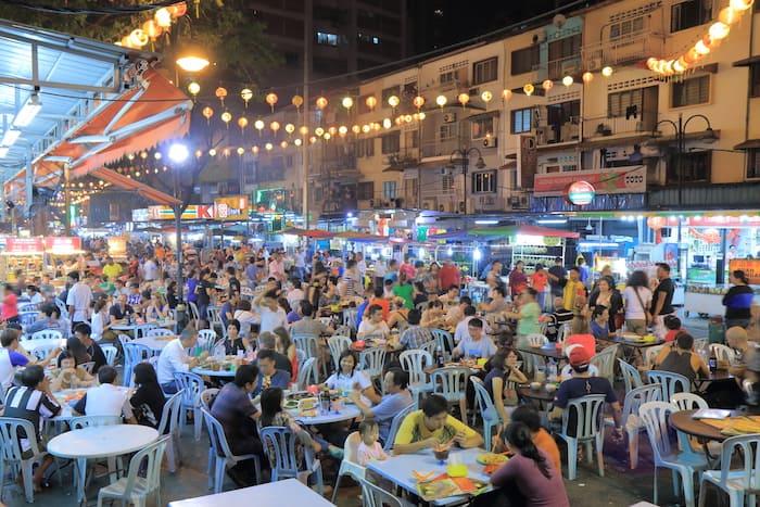 Living-in-kuala-lumpur-malaysia-jalan-alor-street-food