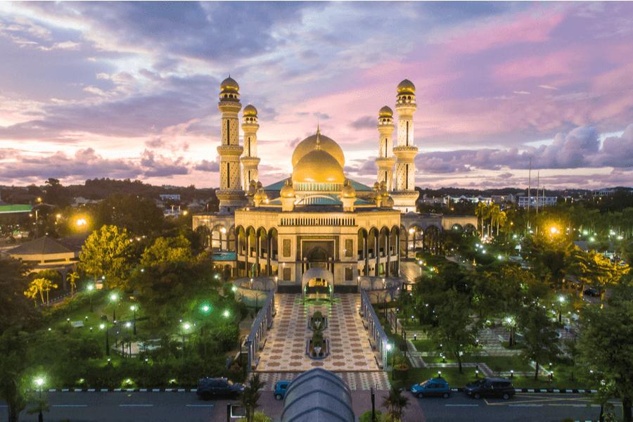 Mosque Hassanil Bokliah Brunei Bank Secrecy