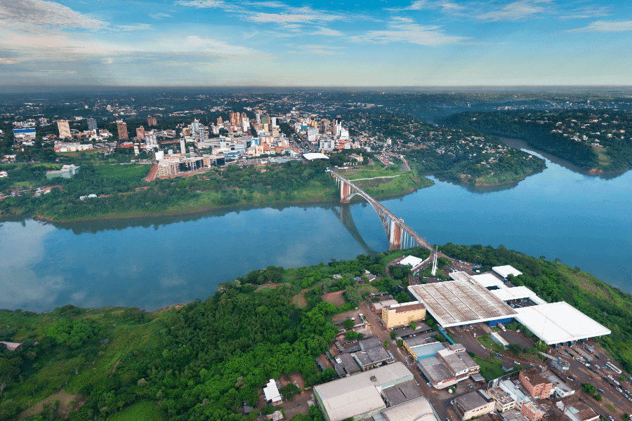 Paraguay Ciudad del Este y la Amistad
