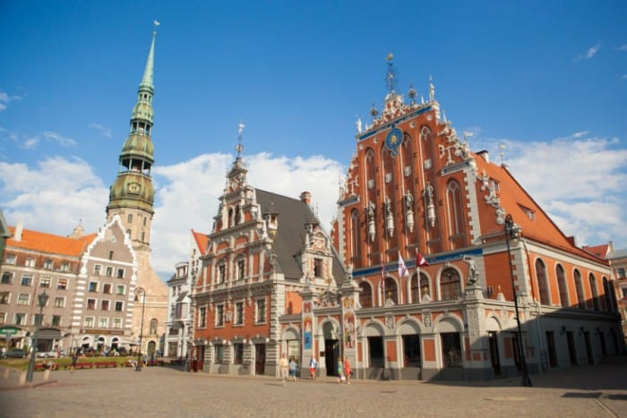 Second residency and second citizenship in Latvia with the investor visa program
