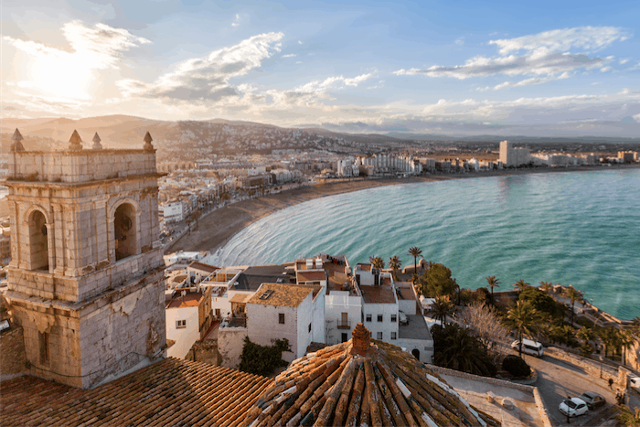 Valencia, Spain and why expats should live in an emerging country