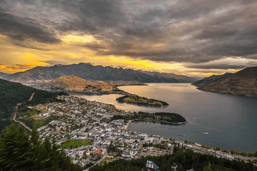 Queenstown and Lake Wakaitipu New Zealand