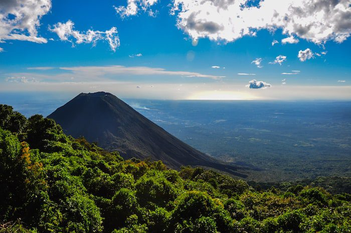 El Salvador best co-working spaces Central America