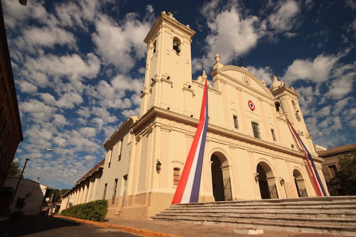 Paraguay citizenship and residency 2017