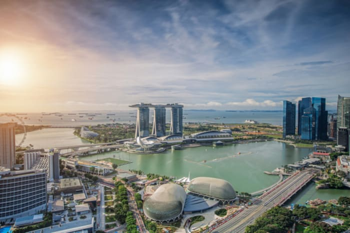 investing-overseas-foreign-business-partner-singapore