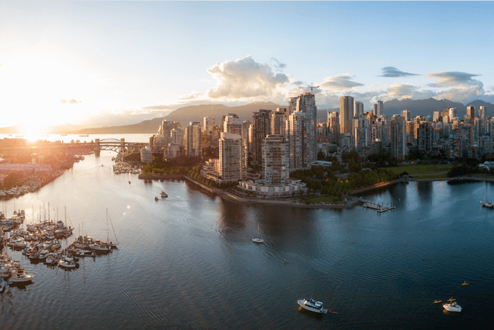 Canadian citizenship and permanent residence - citypscape