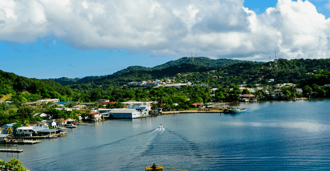 Living in Roatan: a Guide to the Honduras Bay Islands