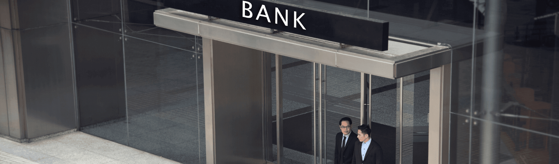 Expats: Here's why to close your US bank accounts and go offshore