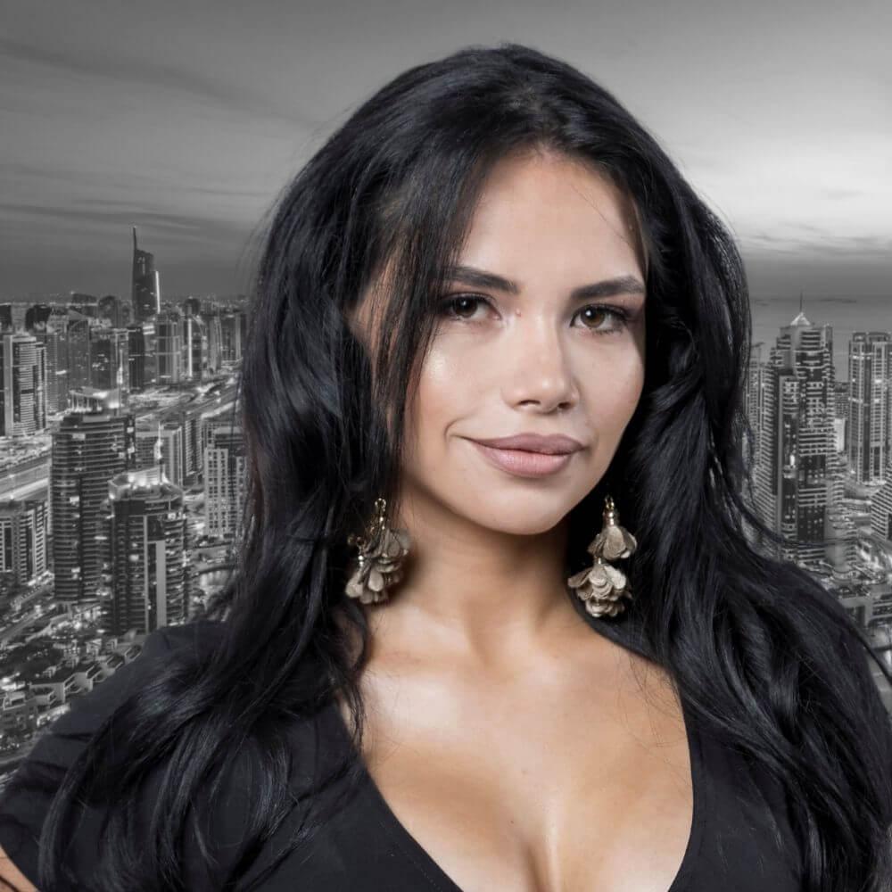 Angie Ruiz Nomad Capitalist Team